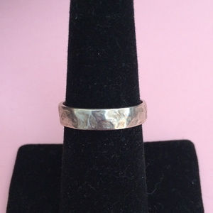 SILPADA Simple Hammered band SIZE 8